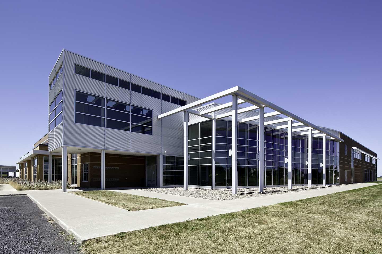 Logistik Unicorp Inc.